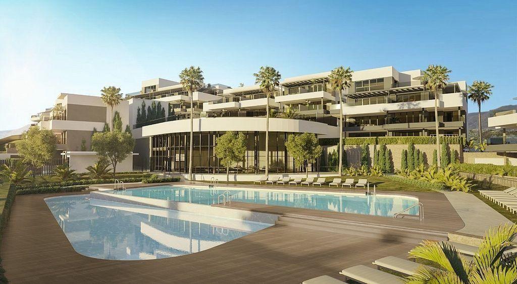 Apartamento en venta en Puerto - Plaza de Toros en Estepona (Urbanización Puerto de Estepona, Málaga)