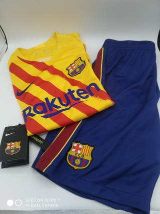 equipación fc Barcelona talla L niño