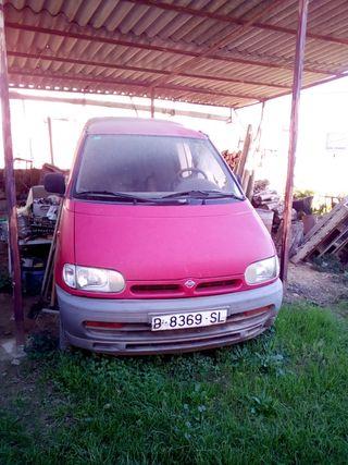 Nissan Vanette 2000