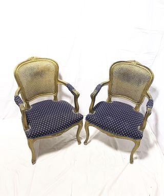 Pareja de sillas estilo Luis XV