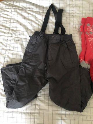 Pantalon botas y calcetines de esquiar/nieve niño