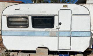 Caravana restaurada, remolque ligero, Sun Roller