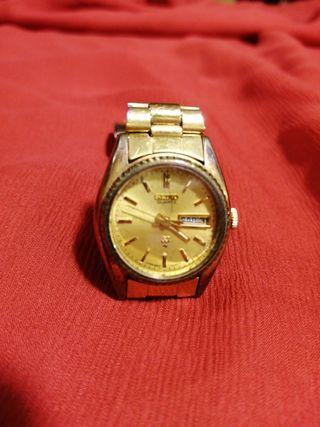Reloj Seiko quartz Sq mujer water-resistant