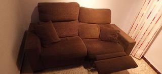 Sofá 3 plazas reclinable.