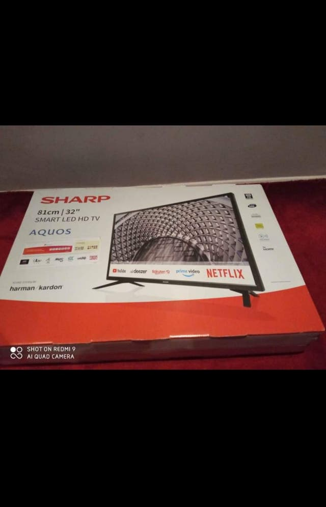 """Sharp 32"""" Inch HD Ready Smart TV With Freeview Pla"""