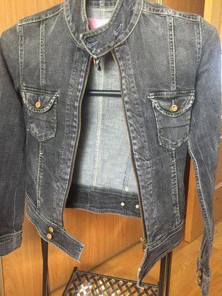 Cazadora xs Pepe jeans