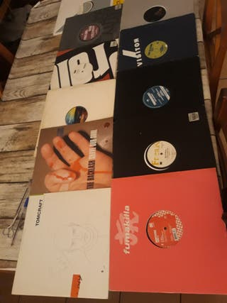 lote de 45 vinilos electro, tech-house y techno