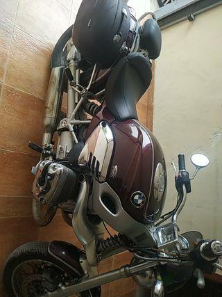 moto custom con revisión al día