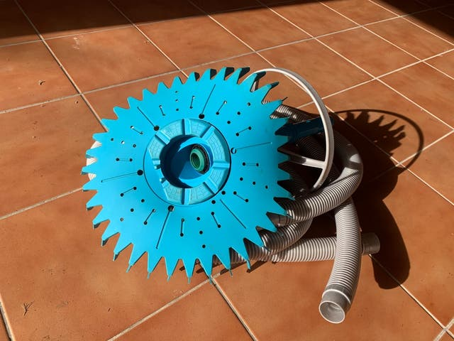 Robot limpiador hidráulico para piscinas