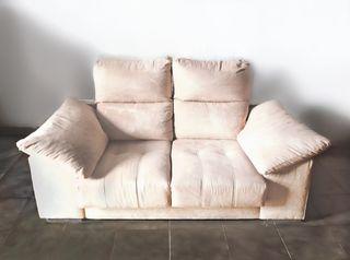 Sofá beige dos plazas