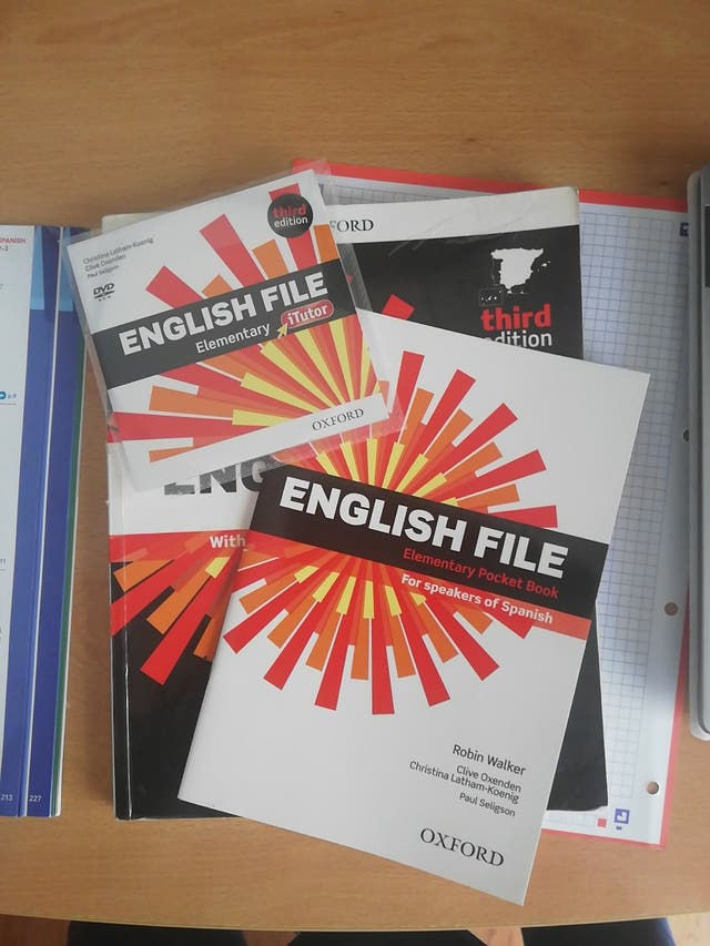 Libro English File Elementary Student's Book