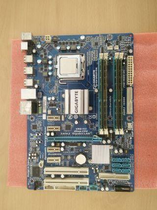Placa base LGA 775 DDR3 + XEON X5472