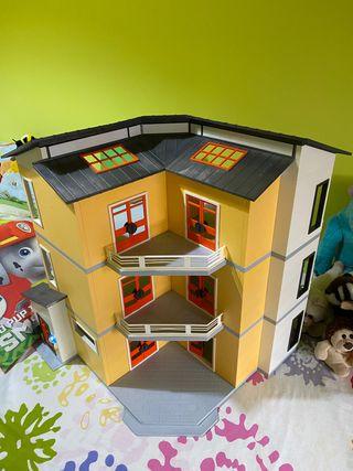 PLAYMOBIL City Life Casa Moderna