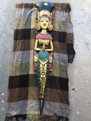 Diosa hindu policormada
