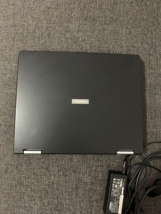 Portátil Toshiba satélite