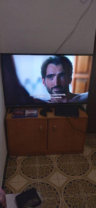 Televisor Grunding 43' Smart Perfecto estado