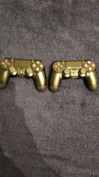 PS4 seminueva