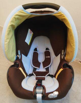 Maxicosi para carro Bebé Confort modelo Streety