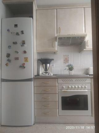 Cocina , muebles y electrodomésticos