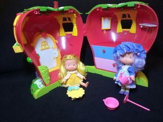Muñecas jardín de flor y casita