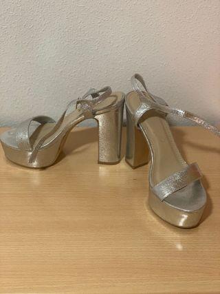 Sandalias plateadas talla 38 marypaz