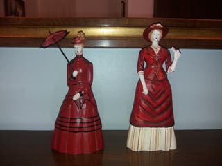 2 Figuras de mujer
