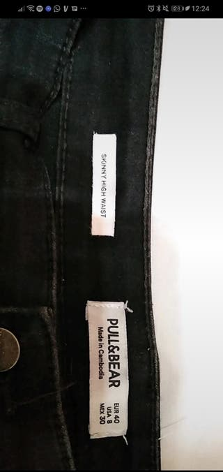 pantalón ajustado negro