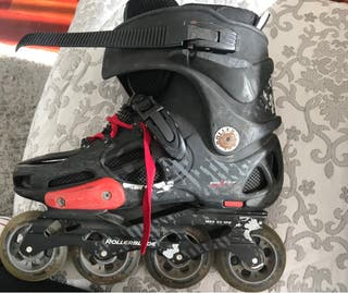Se venden patines en linea gama alta freeskate