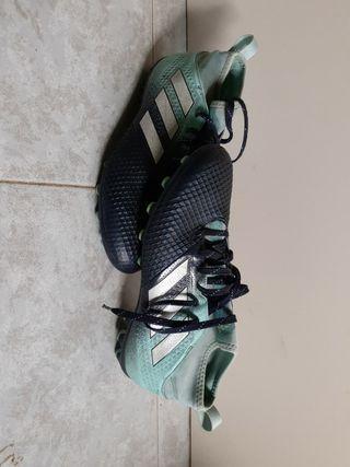Botas Fútbol (Talla 41 )
