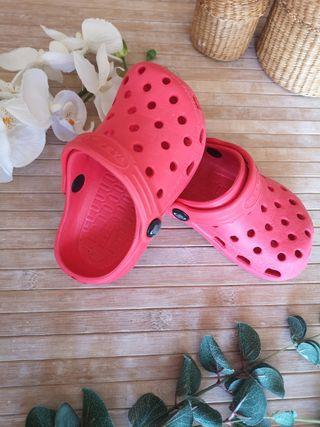 zapatos tipo cross talla 25 rojos