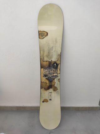 Tabla de snowboard y porta tabla