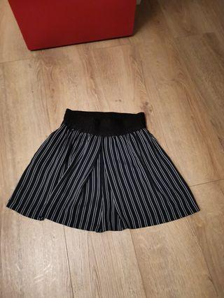 Bermuda falda pantalón zara