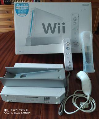 Consola Wii, juegos y accesorios