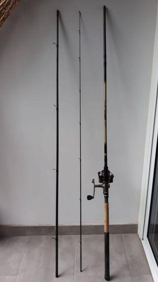 Caña de pescar inglesa con carrete