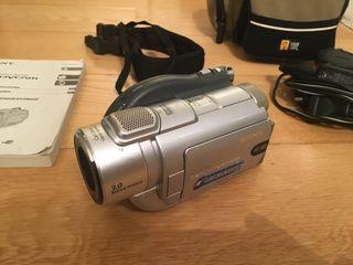 Camara de video Sony Handycam DCR-DVD405E