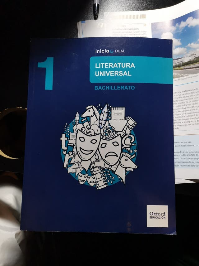 Libro de literatura universal Oxford