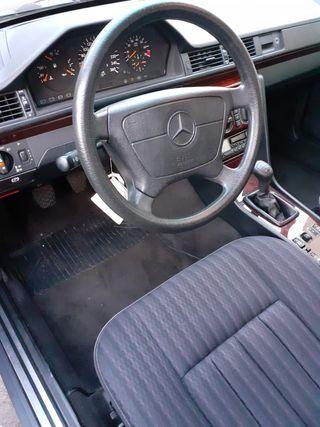 Mercedes-Benz Clase E 280 1993