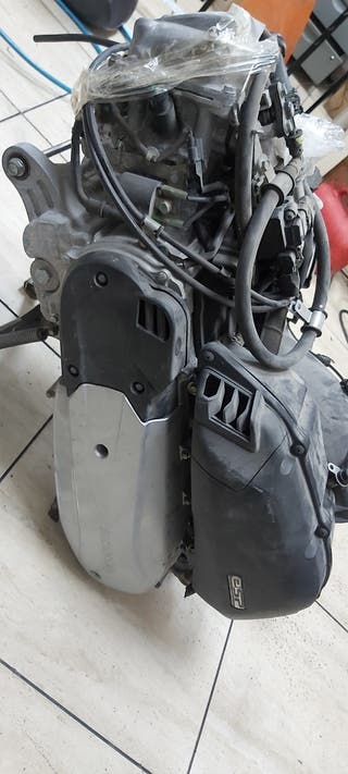 motor honda SH 125 top box 2015
