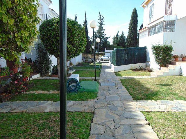 Casa adosada en venta en Paraíso - Atalaya- Benamara en Estepona (Atalaya Isdabe, Málaga)