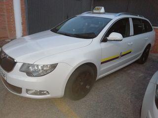 Venta de licencia de auto taxi