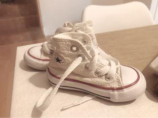 Zapatillas Converse bebe niño Blancas. Talla 20