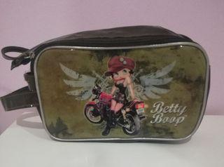 Neceser Betty
