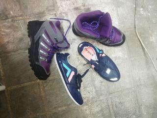 botas de trekking y zapatillas