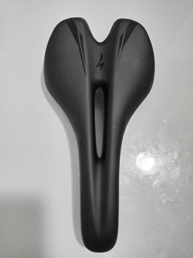 Sillín Specialized Toupé Body Geometry 143mm