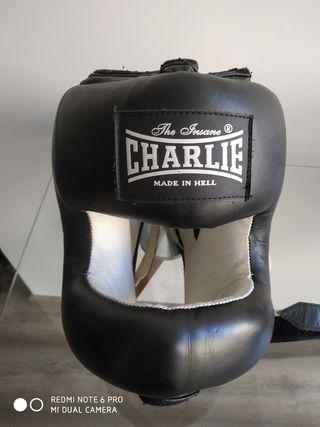 Casco de Boxeo Charlie con barra