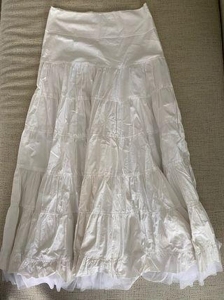 Falda blanca larga