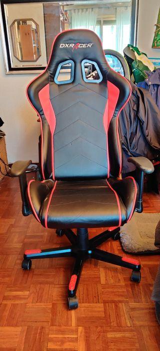 Silla gaming DXracer roja y negra