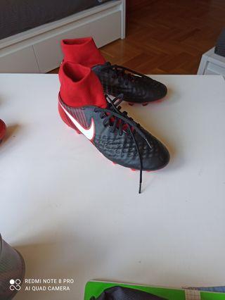 Vendo botas Nike magista onda FG .Número 42'5