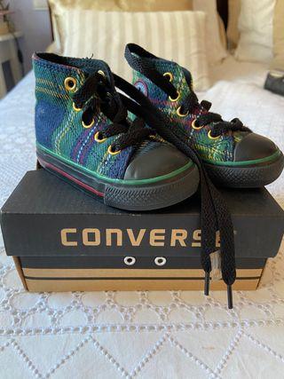 Zapatillas bebé Converse