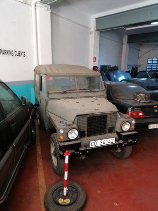 Land Rover Santana ligero